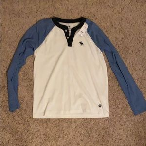Abercrombie boys T-Shirt Blue and White